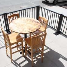 Ready Railing creates outdoor dining area for restaurant