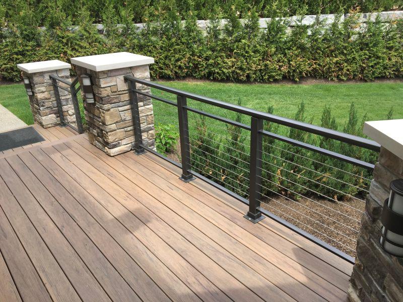 Outdoor Decks and Patios: Superior Aluminum